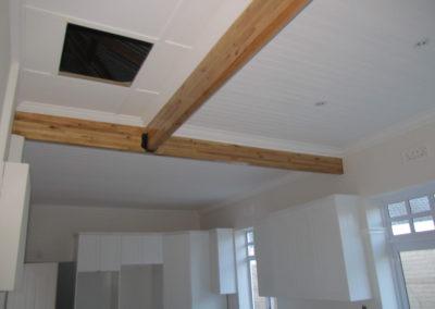 Ceiling 10